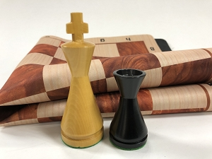 Modern Ebonized Wood Weighted Chess Set  w/ Red Burl Wood Grain Floppy Board