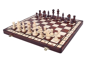 Jowisz Jr. Champion Wooden Chess Set - Folding Board and Chess Pieces