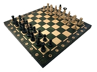 Consul Green Chess Set   -  19